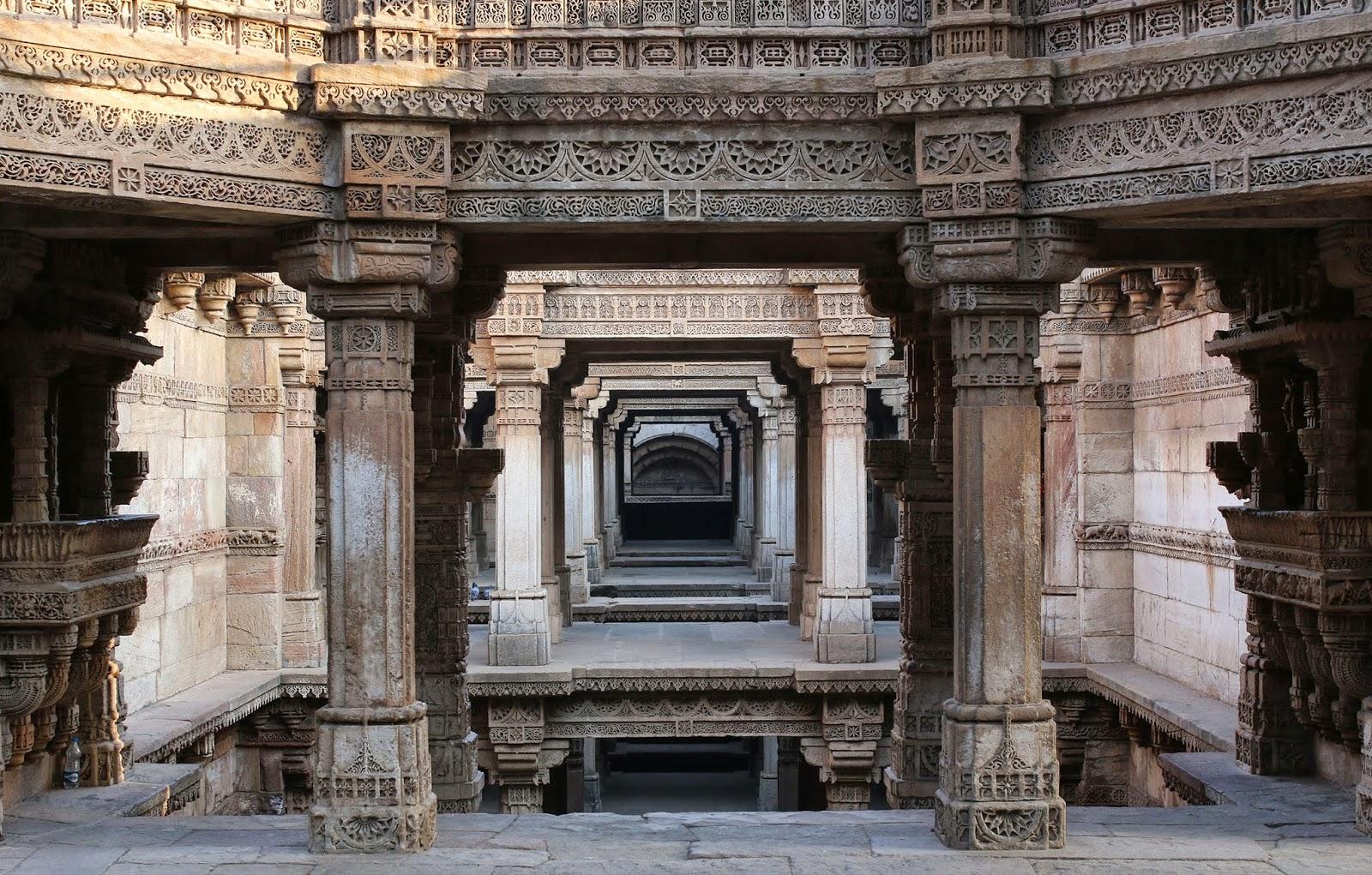 adalaj-stepwell-a-unique-hindu-water-buil-secret-world