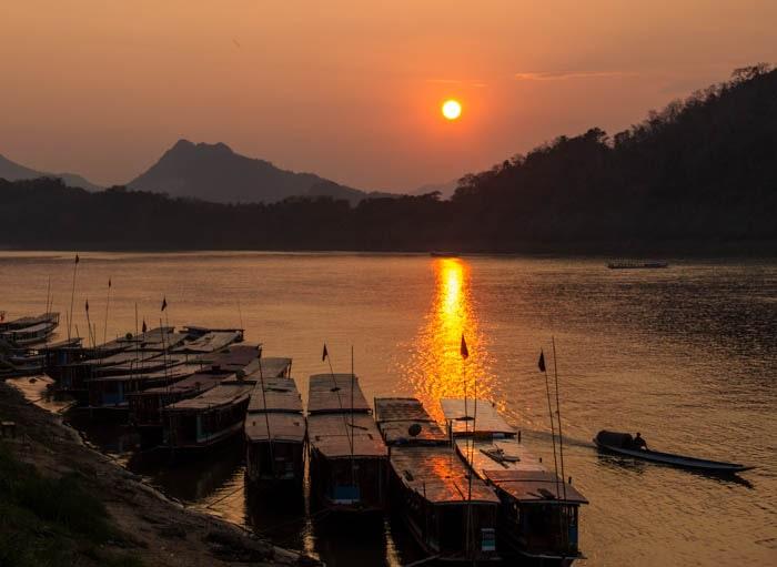 sunset-at-luang-prabang-secret-world