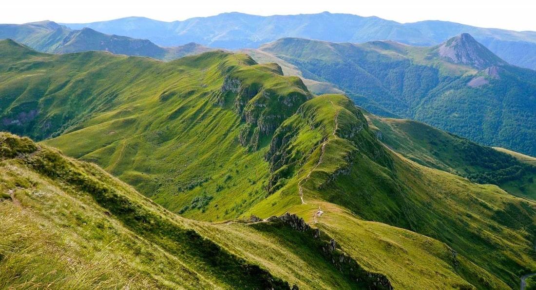 cantal-mountain-range-is-a-group-of-extinc-secret-world