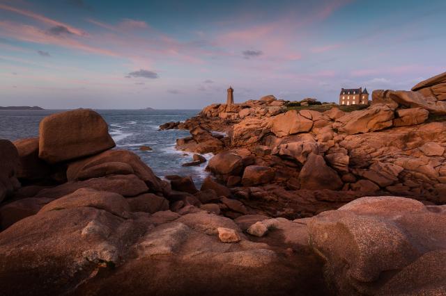 ploumanach-lighthouse-lighthouse-of-mean-secret-world
