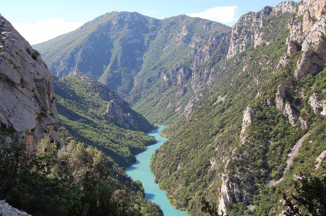 gorges-du-verdon-the-french-gran-canyon-secret-world