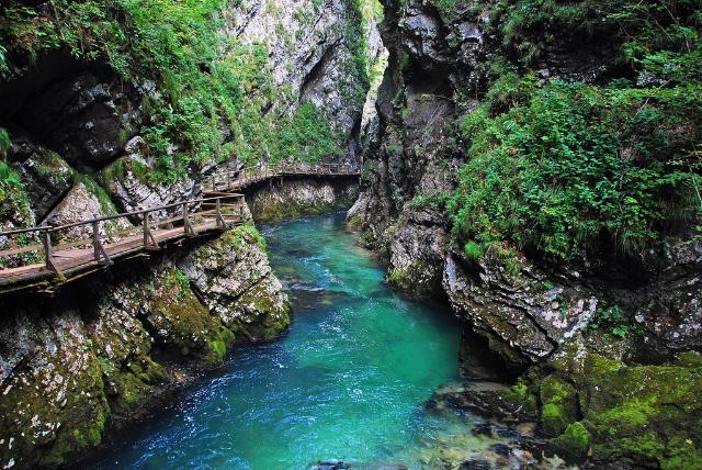 vintgar-gorge-triglav-national-park-secret-world