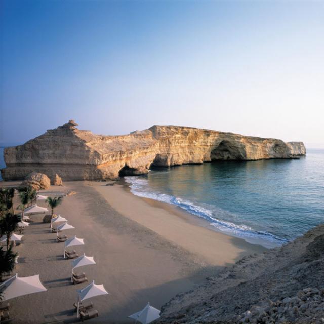 shangri-las-barr-al-jissah-resort-secret-world