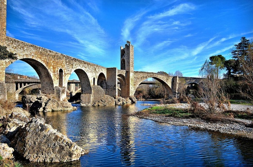 besalu-one-of-most-picturesque-medieval-secret-world