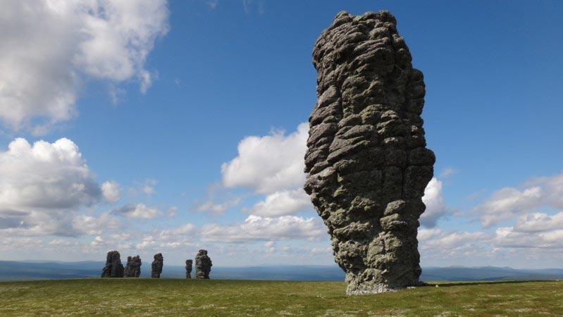 manpupuner-rock-formations-secret-world