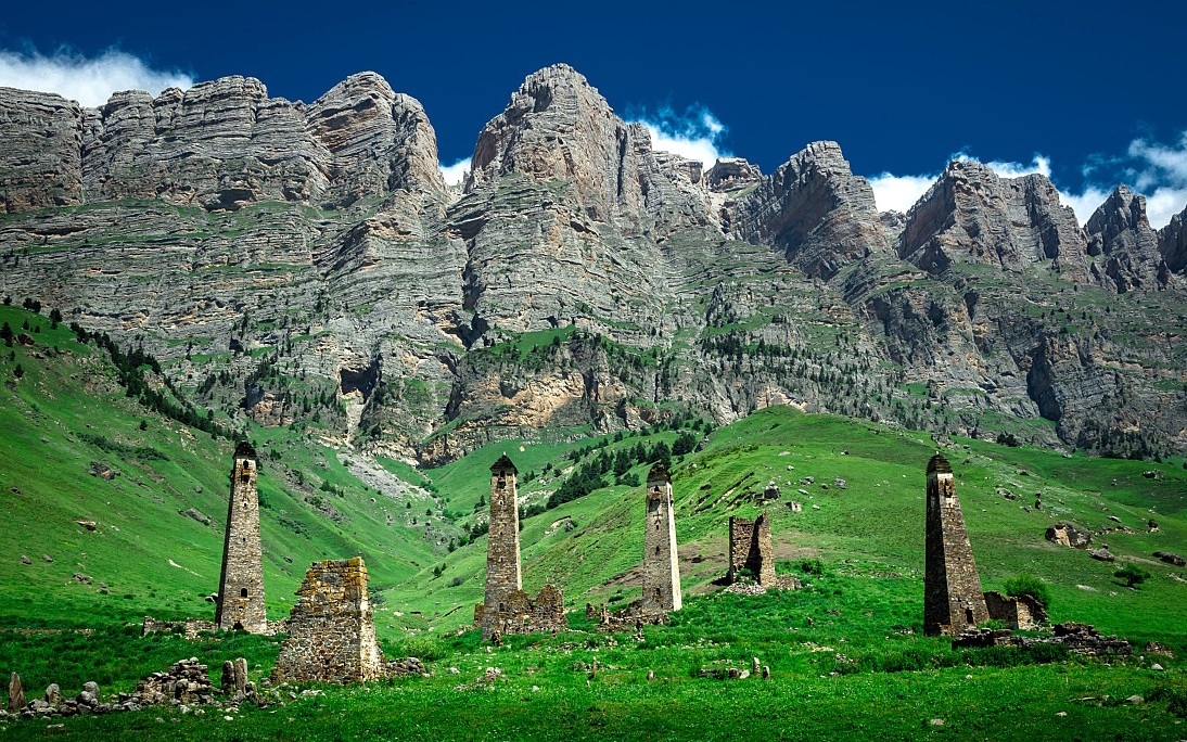 the-mysterious-old-towers-in-ingushetia-secret-world