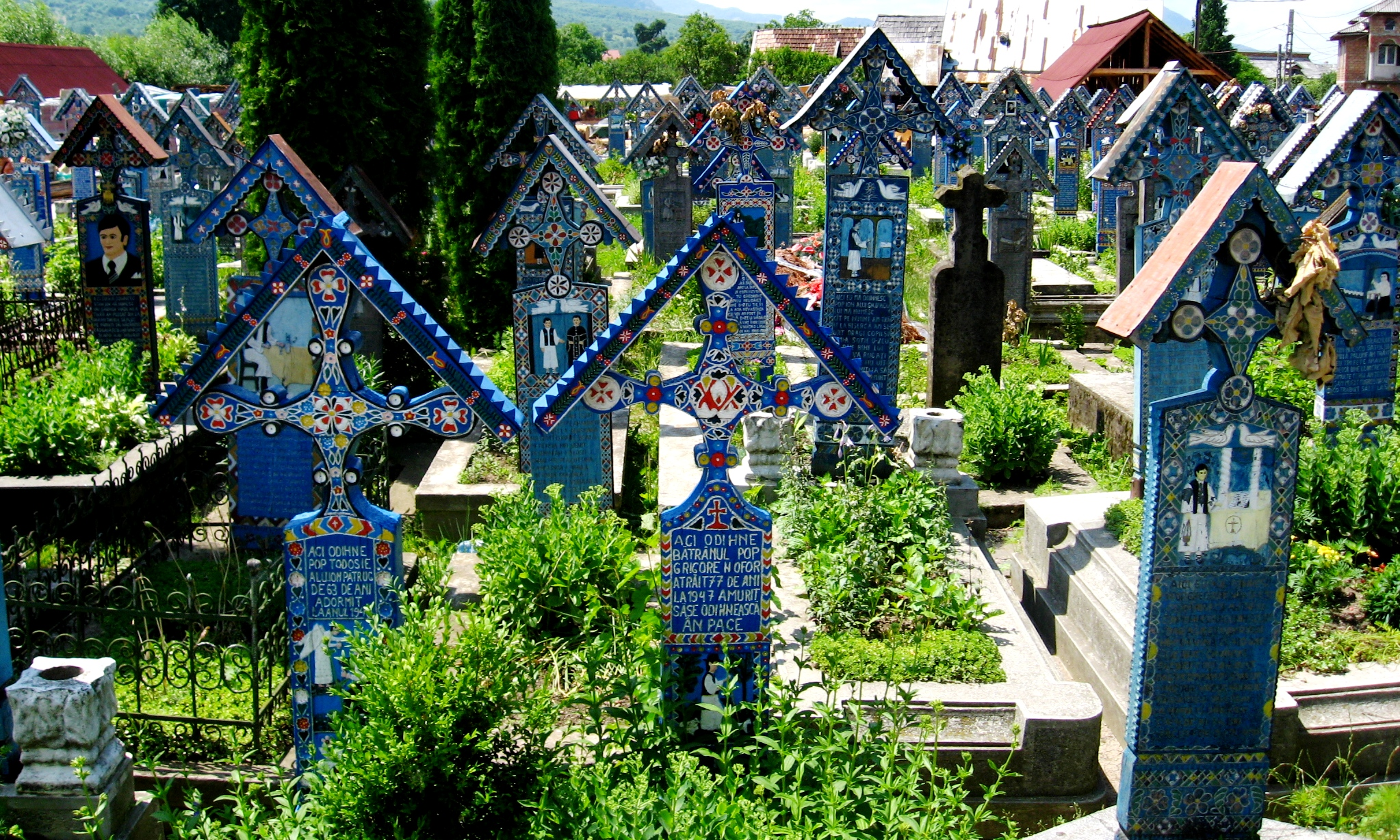 the-merry-cemetery-is-famous-for-its-colou-secret-world