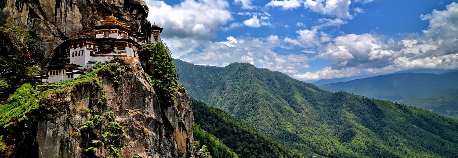 bhutan-monastery-taktshang-secret-world