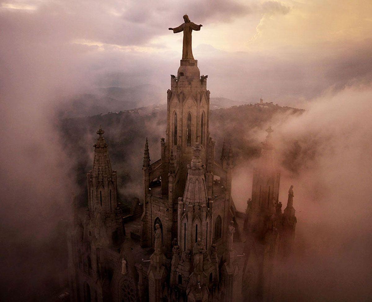 barcellona-and-the-spectacular-tibidabo-ca-secret-world