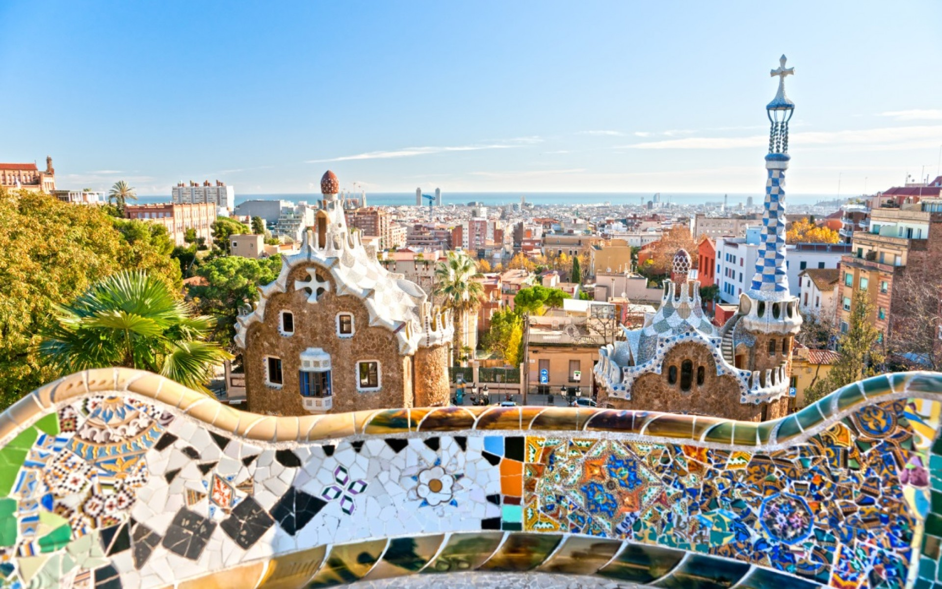 barcelonas-park-guell-secret-world