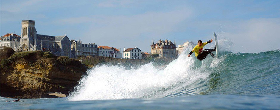 biarritz-and-the-surf-secret-world