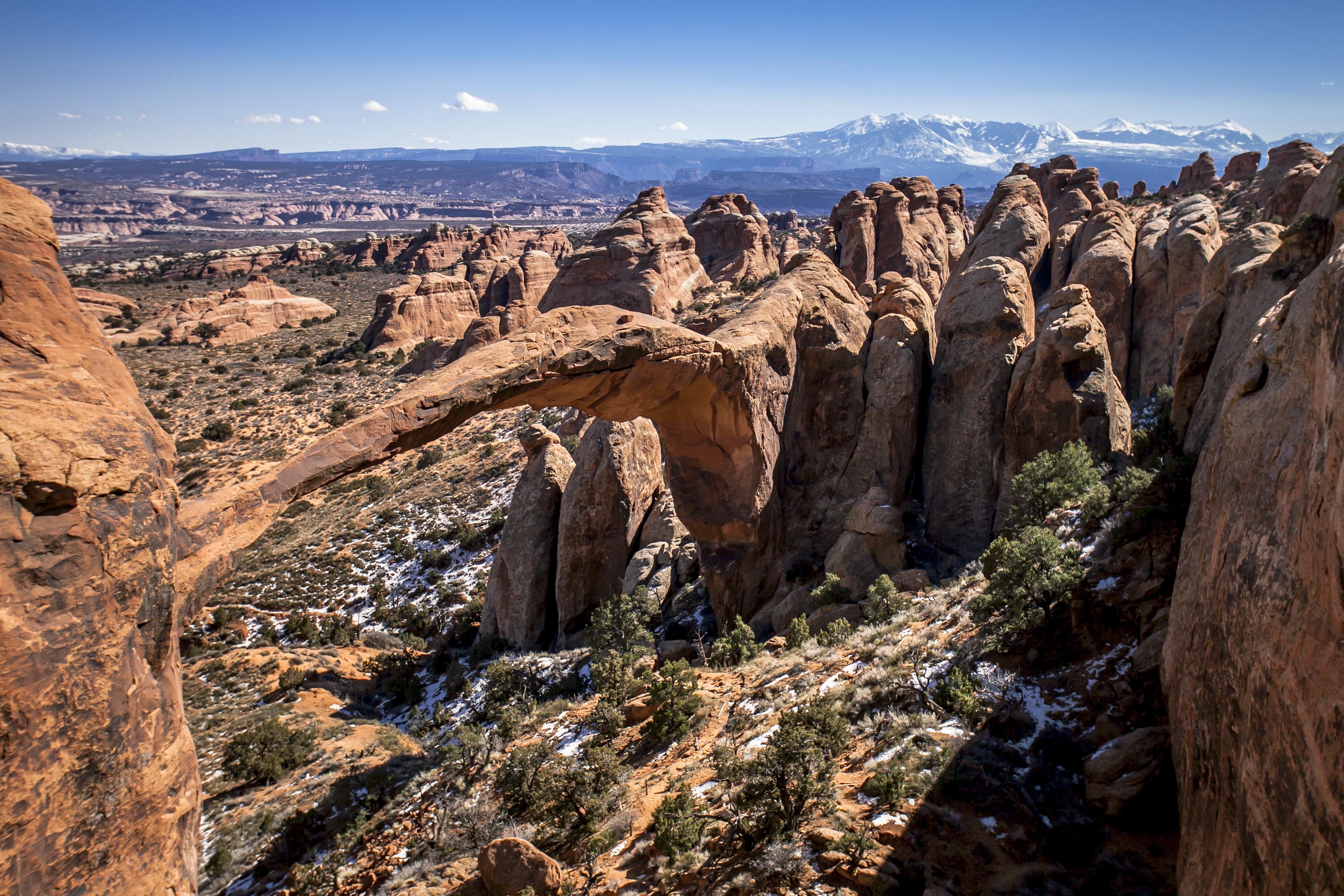 landscape-arch-in-utah-secret-world