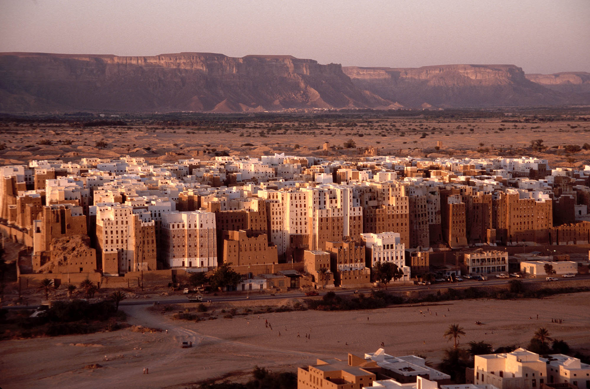 yemen-shibam-the-manhattan-of-the-dese-secret-world