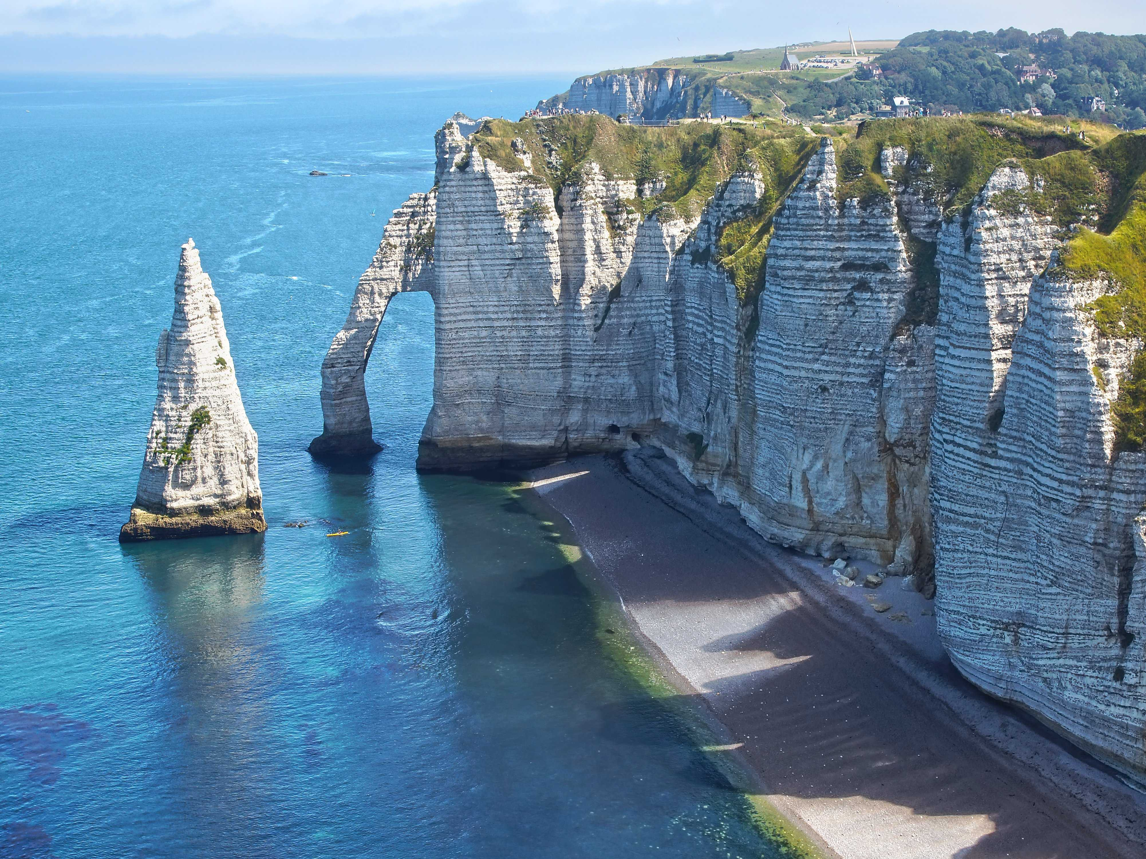 the-cliffs-of-etretat-secret-world