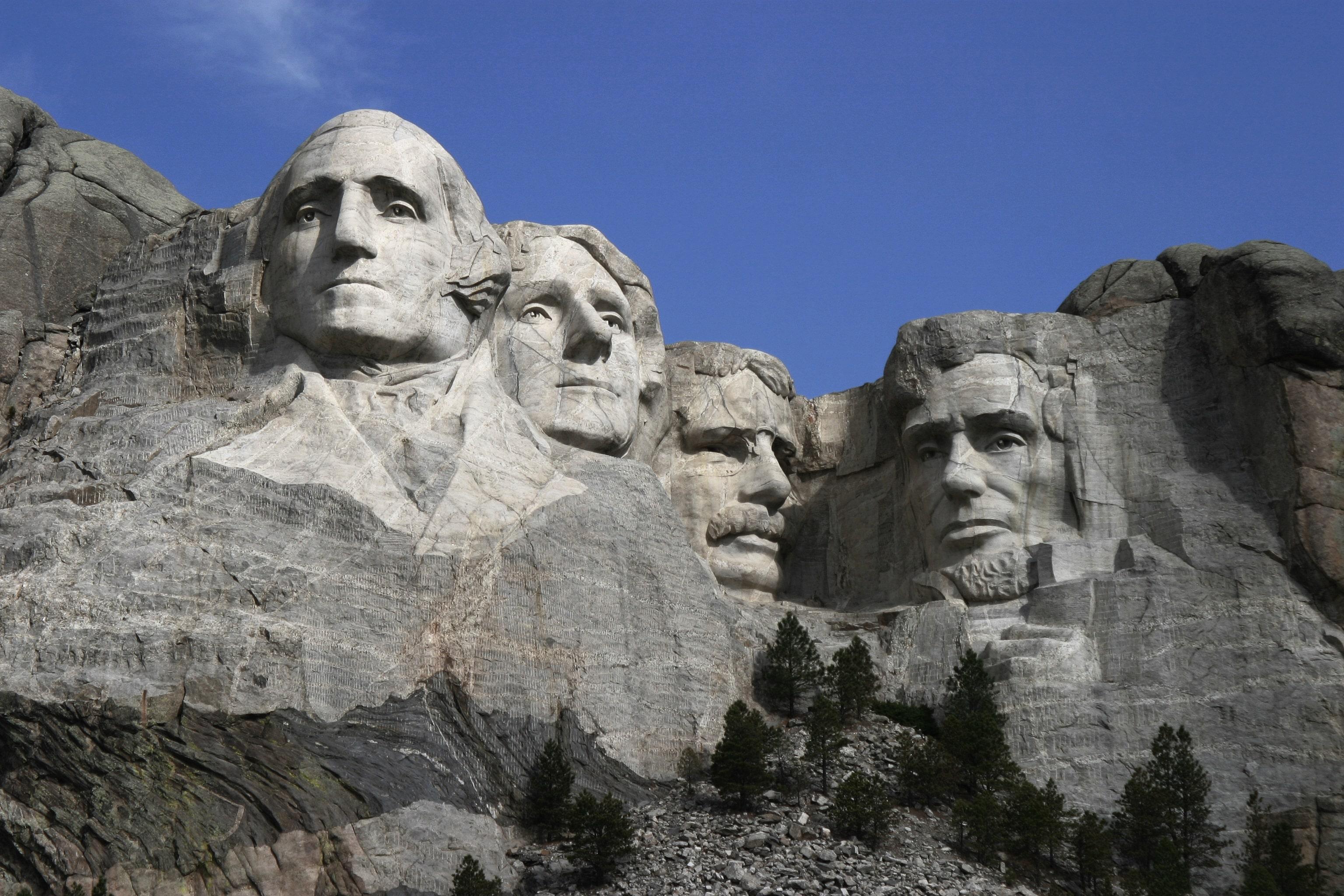 mount-rushmore-national-memorial-secret-world