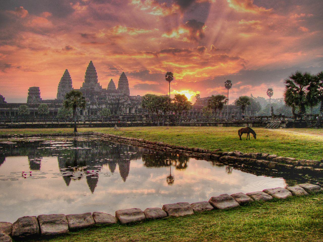 angkor-wat-wonder-of-the-world-cambodia-secret-world