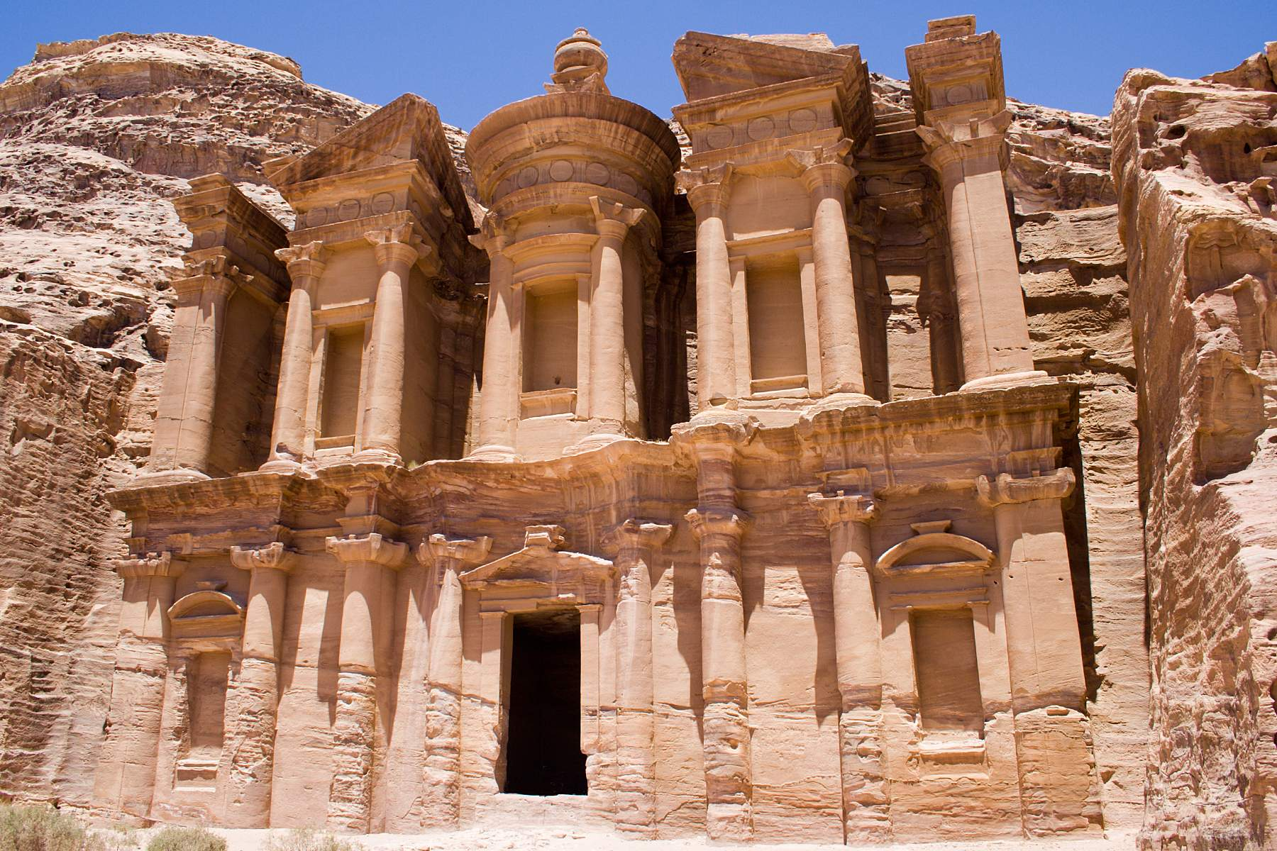 the-incredible-lost-city-of-petra-secret-world