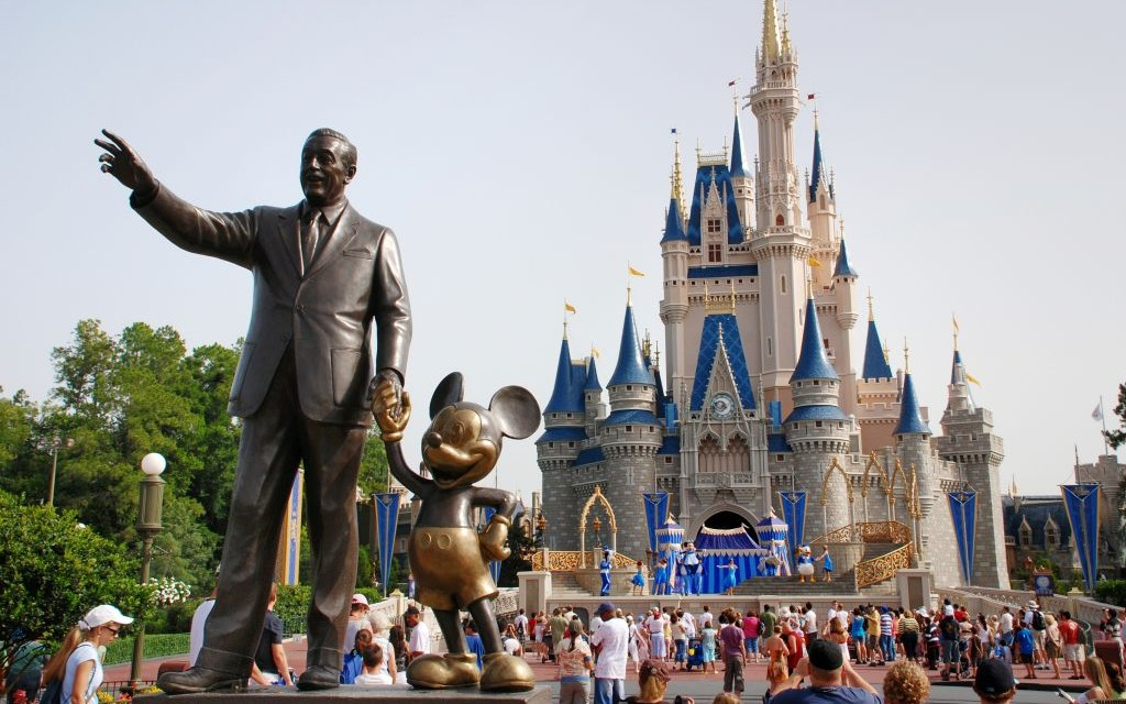 magic-kingdom-park-secret-world