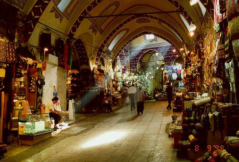 grand-bazaar-is-one-of-the-oldest-markets-secret-world
