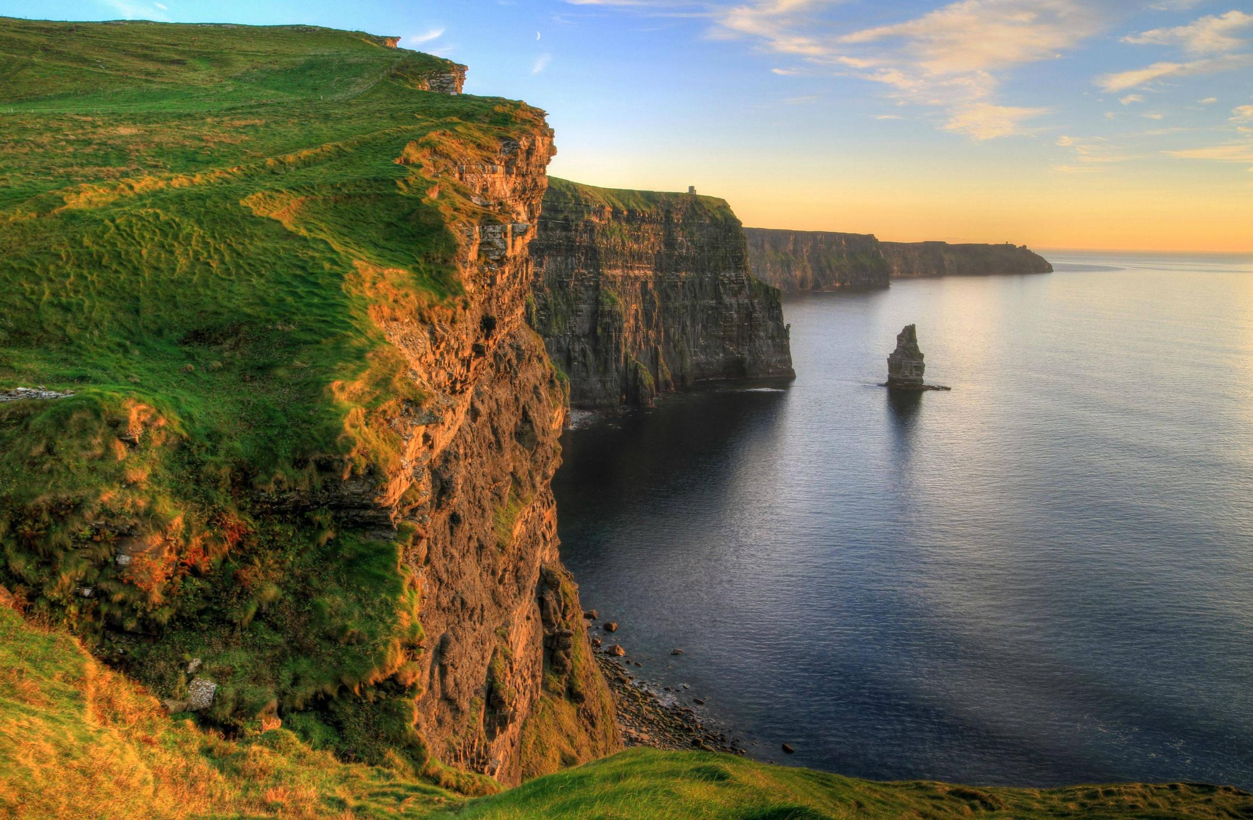 cliffs-of-moher-is-one-of-the-most-stunnin-secret-world