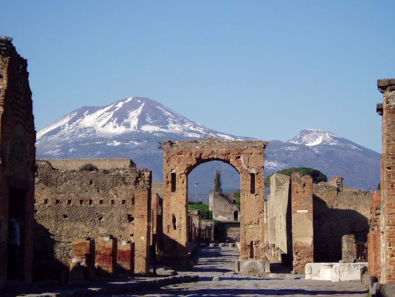 the-ancient-city-of-pompeii-in-campania-secret-world