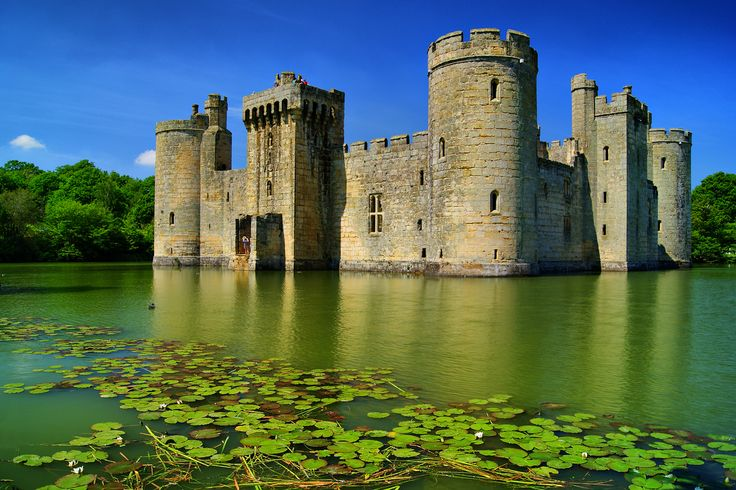 bodiam-castle-secret-world