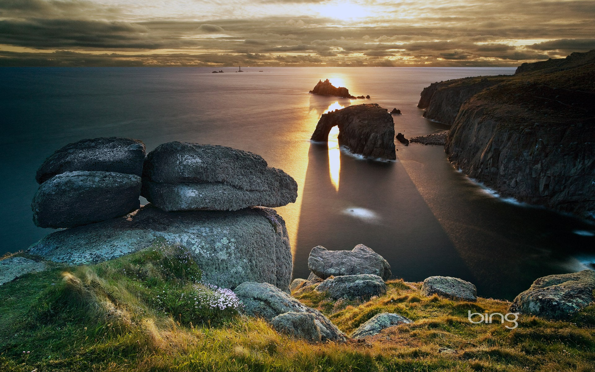 cornwall-lands-end-the-door-for-the-in-secret-world