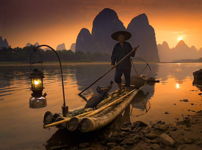 cormorant-fishing-is-a-traditional-fishing-secret-world