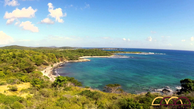 blue-beach-la-chiva-secret-world