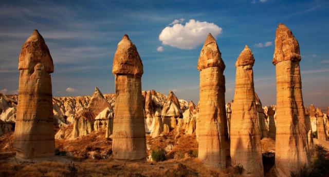 fairy-chimneys-in-cappadocia-secret-world