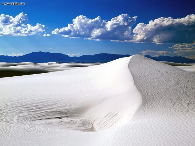 white-sands-national-monument-secret-world