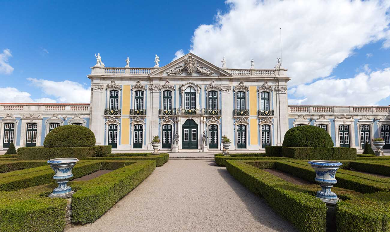the-national-palace-of-queluz-and-its-hist-secret-world