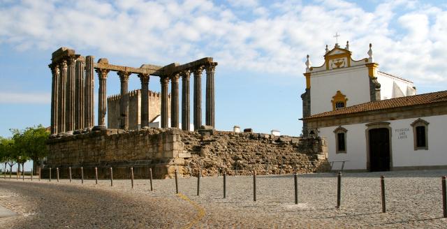 the-roman-temple-of-evora-secret-world