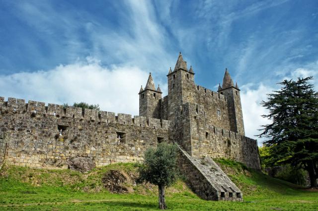 the-castelo-of-feira-santa-maria-da-feira-secret-world