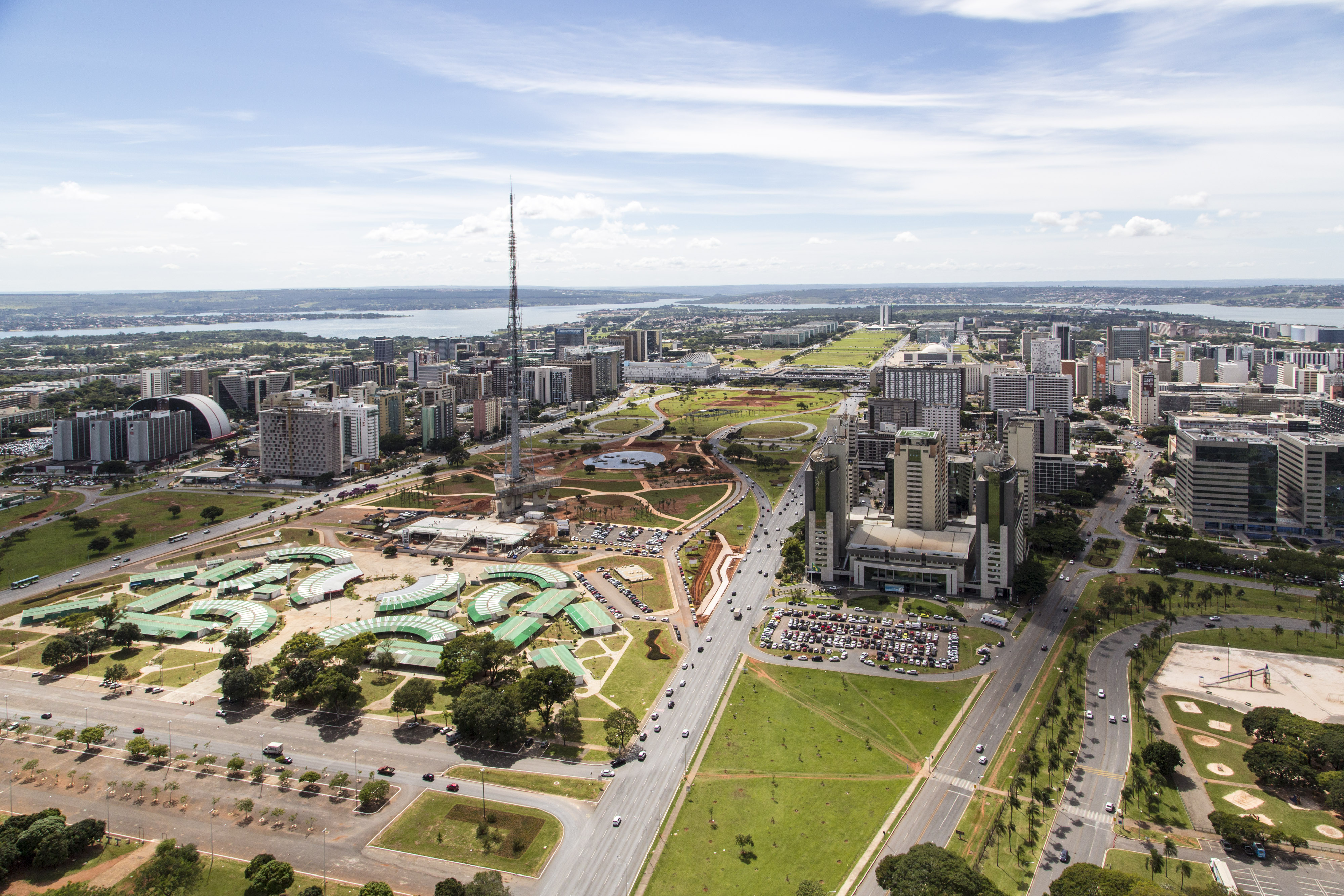 brasilia-is-designed-in-the-shape-of-an-ai-secret-world