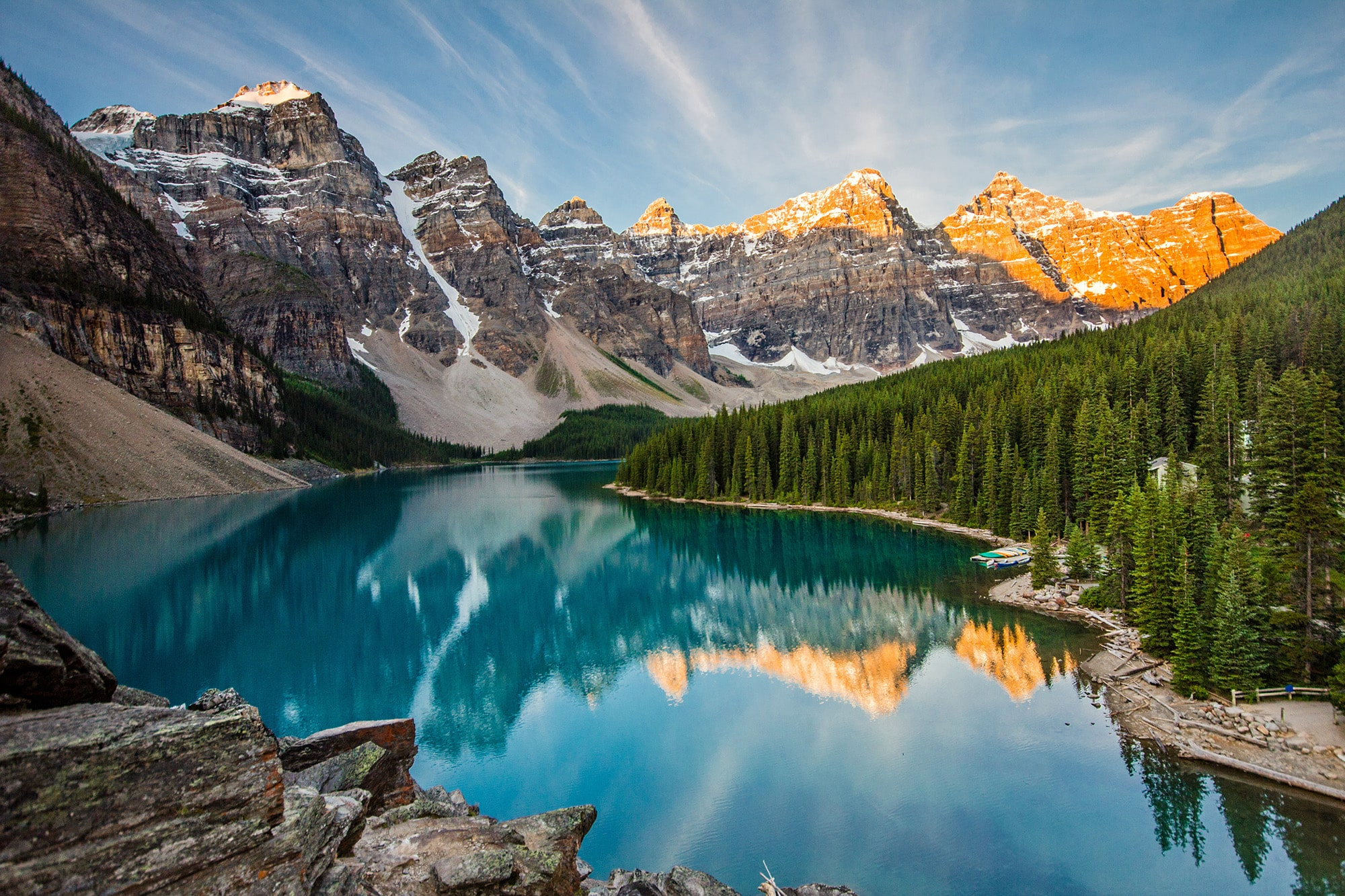 breathtaking-moraine-lake-secret-world