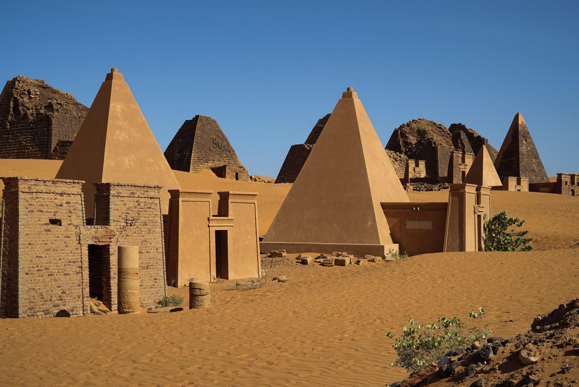 nubian-pyramids-more-than-255-incredible-secret-world