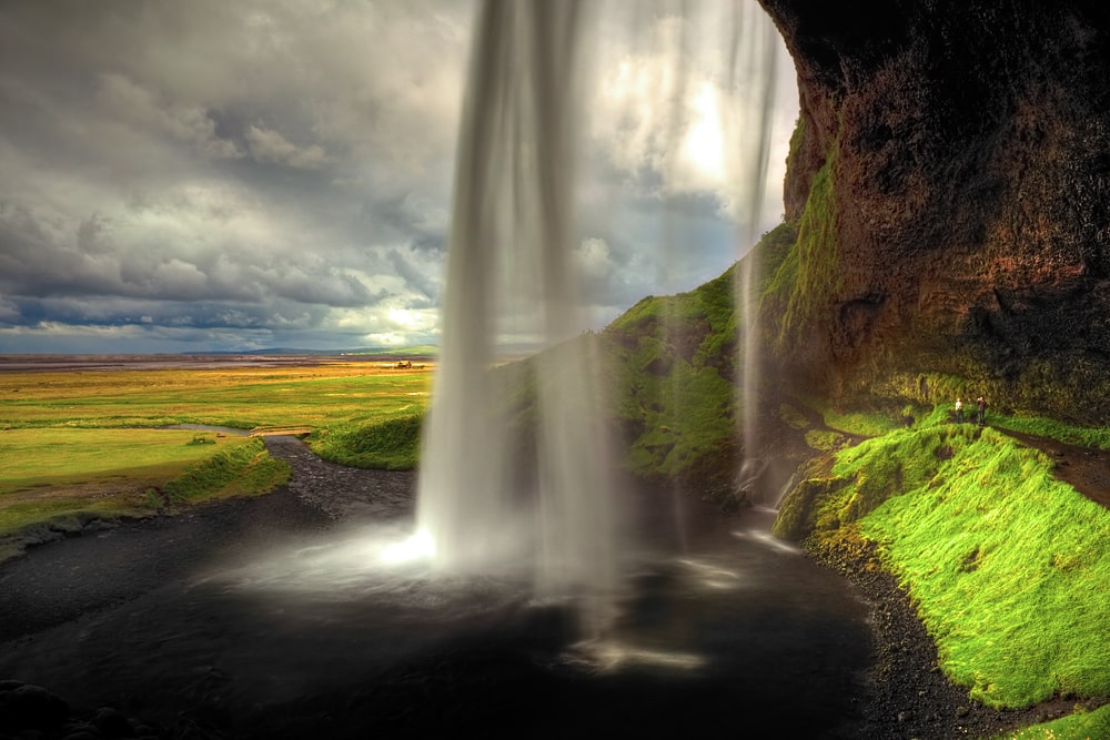 skogafoss-secret-world