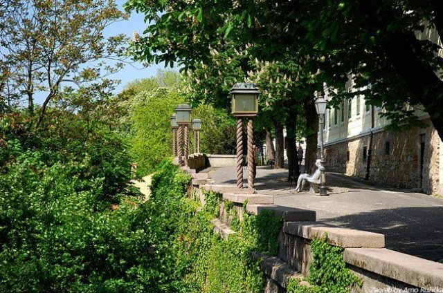 strossmayerovo-setaliste-strossmayer-promenade-this-ro-secret-world
