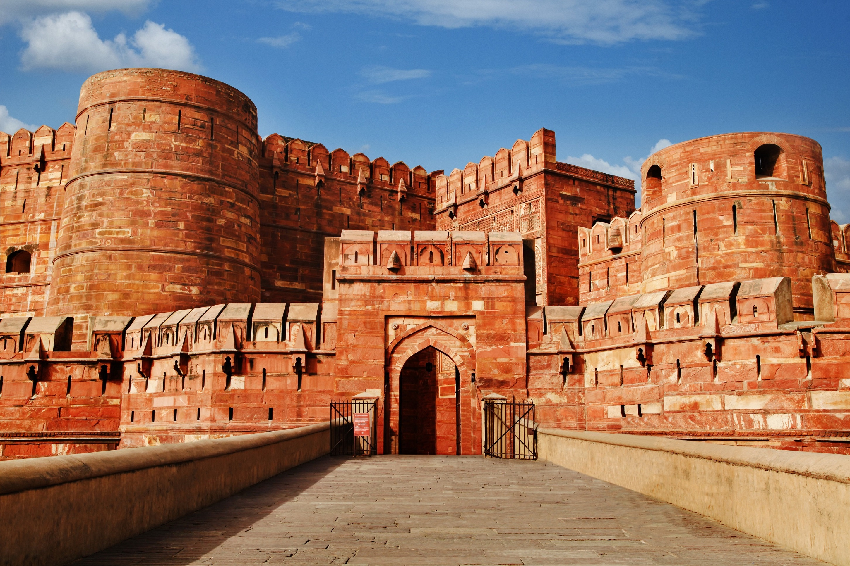 the-agra-fort-is-one-of-indias-most-impressive-and-impor-secret-world