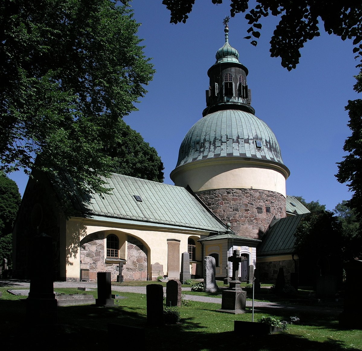 medieval-church-of-solna