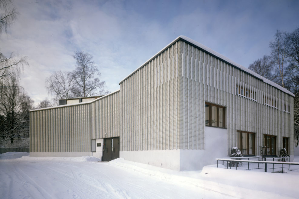the-alvar-aalto-museum-is-located-on-a-slope-by-lake-jyv-secret-world