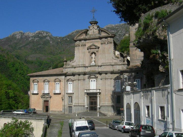 abbazia-della-santissima-trinita-un-gioie-secret-world