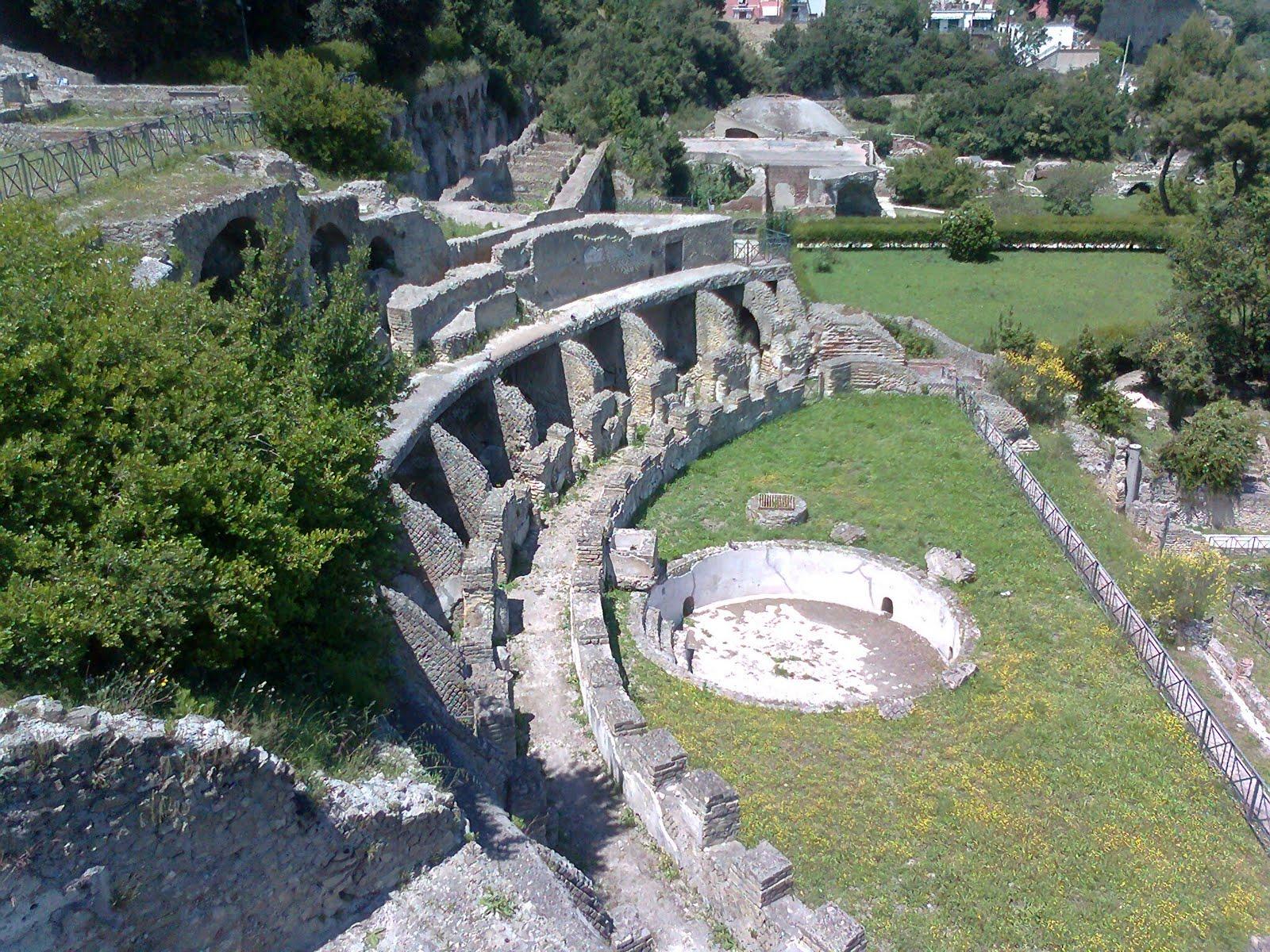parco-archeologico-delle-terme-di-baia-secret-world