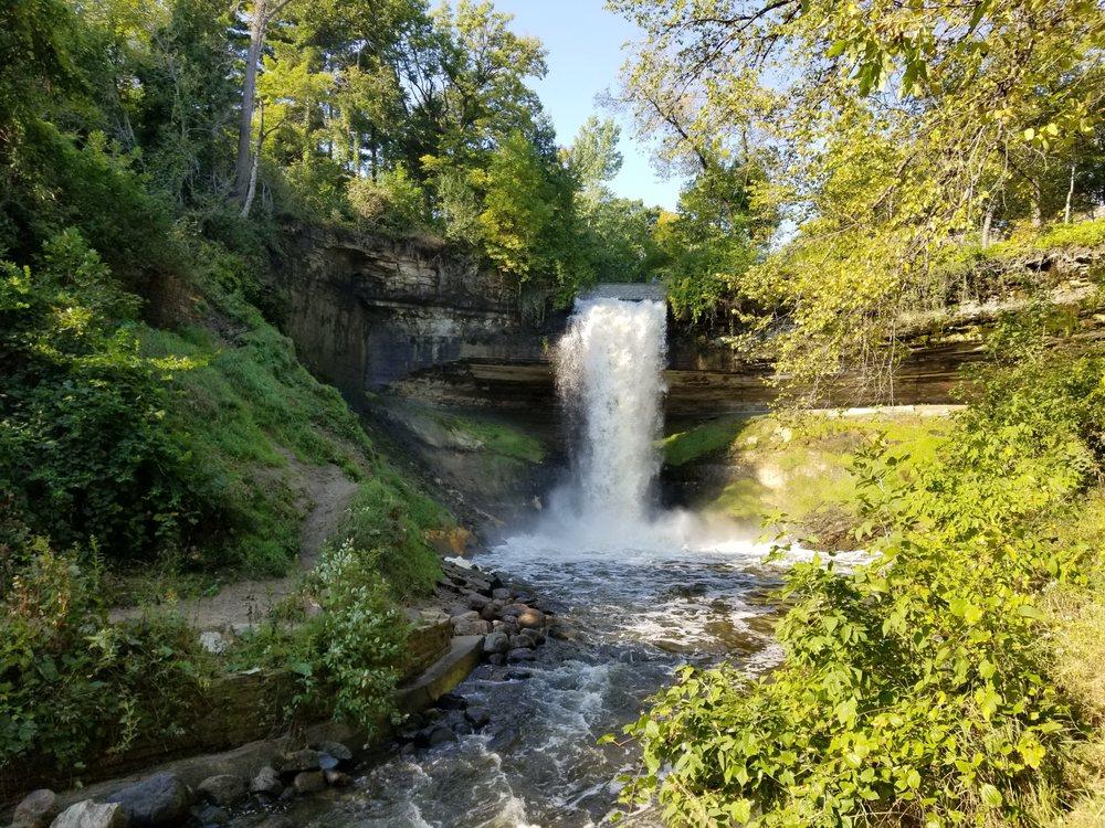 minnehaha-falls-secret-world