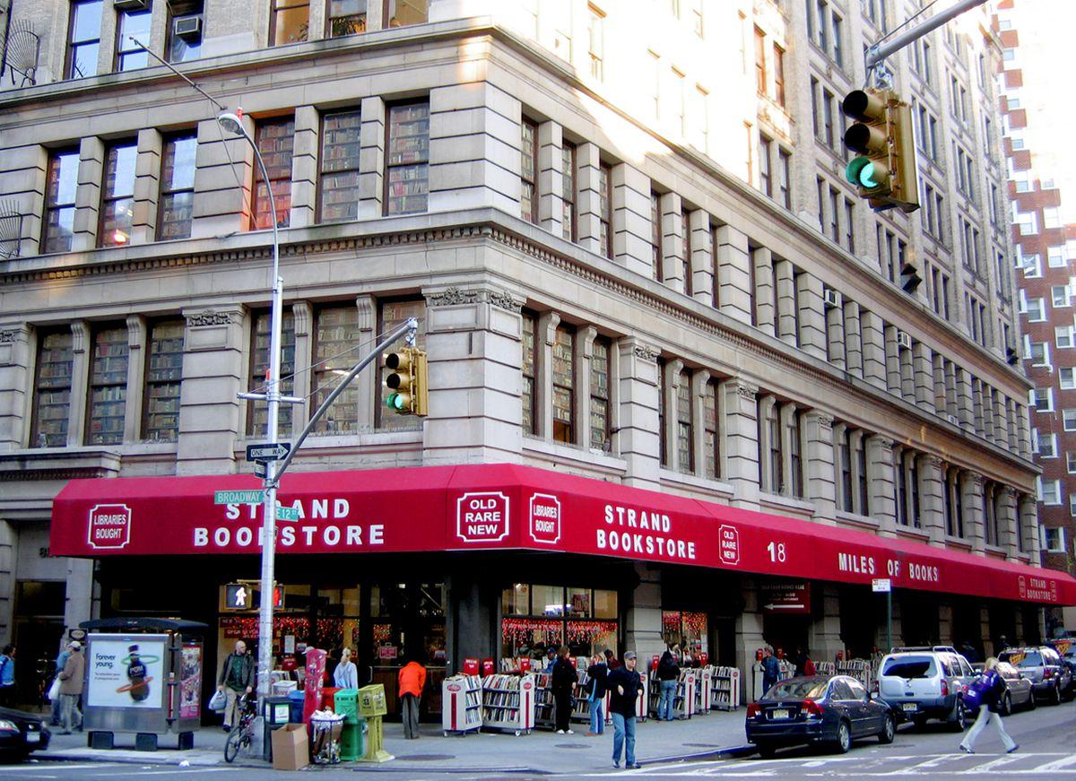 new-york-828-broadwayde-strand-kitabevi-secret-world