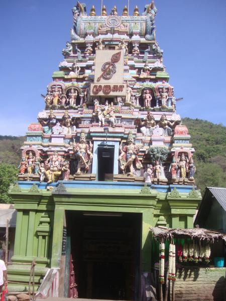 pazhamudhir-solai-is-a-beautiful-temple-secret-world