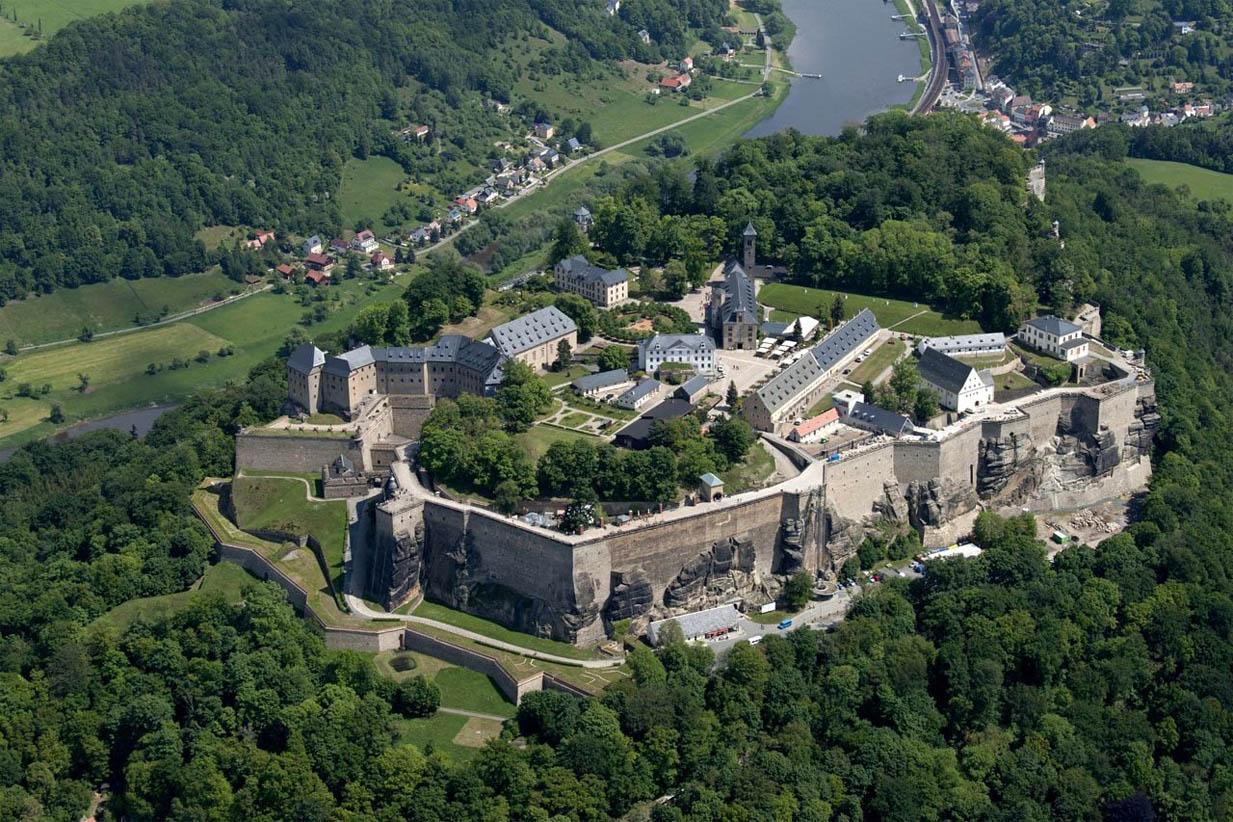 la-inexpugnable-fortaleza-de-koenigstein-secret-world