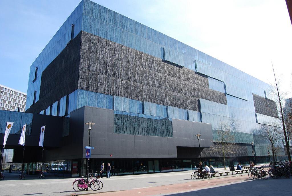 utrecht-perpustakaan-universitas-oleh-wiel-secret-world
