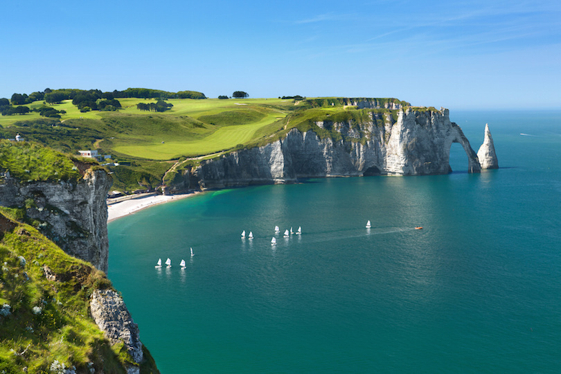 and-eacutetretat-a-small-village-the-cliffs-and-the-famo-secret-world